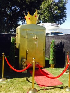 Golden portapotty